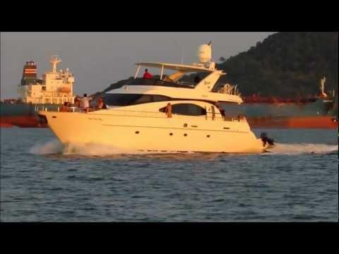 Azimut 70' - Panama GEM Charters