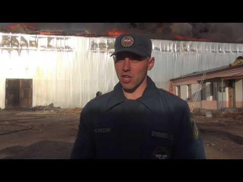 В Улан-Удэ крупный пожар на огромном складе произошёл из-за сварки (фото, видео)