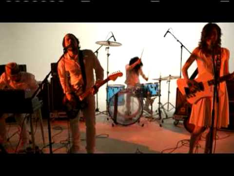 Клип Silversun Pickups - Panic Switch