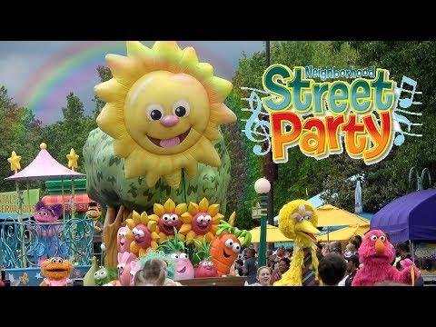 Sesame Place Parade 2017 (COMPLETE)