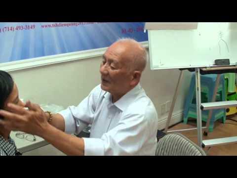 DVD10 - Xoang Mũi, khám bao tử, sa tử cung, rượu tỏi, đau gối, cứng gáy - Thầy Lý Phước Lộc