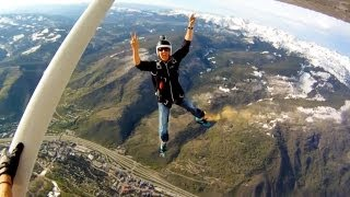 GoPro HD: Skydiving into the 2011 Teva Mountain Games