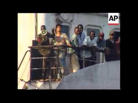 Various - Refugees Arrive In Sierra Leone