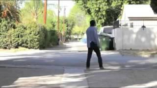 زومبي يرقص علي مهرجان اديني شعبان