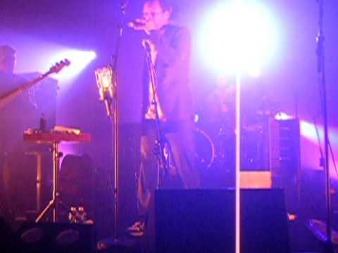 Suzy - Concert William Baldé