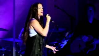 Alanis Morissette - Hand in My Pocket live Manchester Apollo 26-06-12