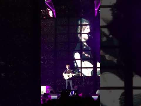 Ed Sheeran (Live in Singapore)- Dive
