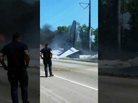 C-130 Hercules post-crash in Savannah, GA - few minutes after it crashed on Georgia Rd 21