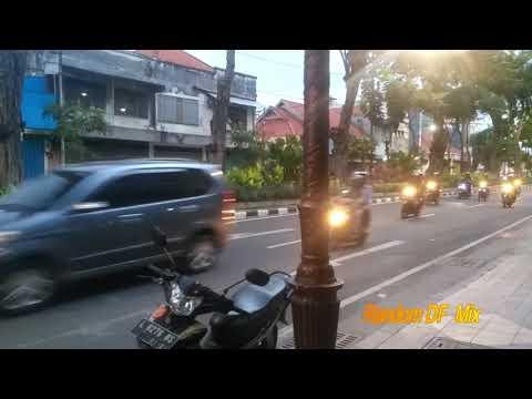 info-vlog-suasana-jalan-bubutan-surabaya-di-sore-hari