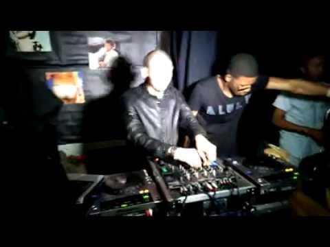 Aluku Rebel Playing Soul Varti - Rituals of Afrika (HomeBoyz Remix) In London