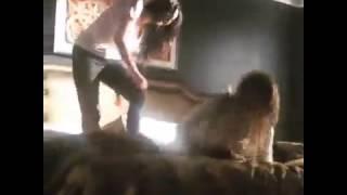 Ханна и Эмели . Эшли Бенсон и Шэй Митчелл . Милые обманщицы . 6 сезон . Съемки .