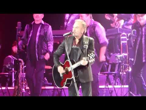 OPENING  Neil Diamond 50th Anniversary World Tour  8122017 at The Forum