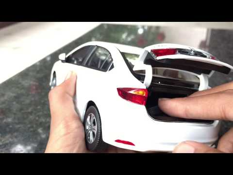 Unboxing of Mini 2015 Honda CITY 1/18 DIECAST toy car