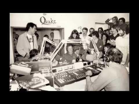 Robin Williams (1982) jams with Alex Bennett and SF Comics on Morning Radio