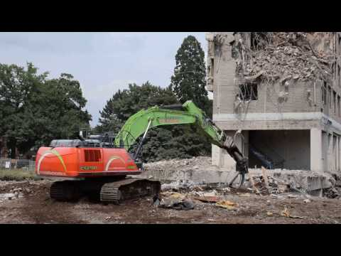 Case CX 370D demolition excavator, Van Kaathoven