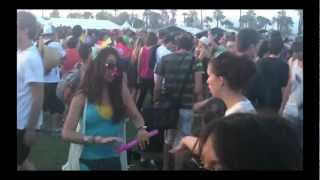 Coachella 2010 Experience. Moby- Lift Me Up (Mylo Remix)