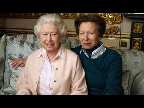 The Truth About Queen Elizabeth's Relationship With Her Kids