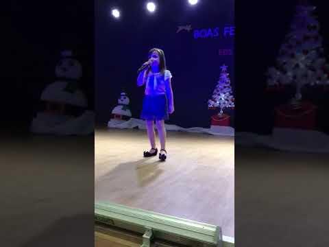 Show de talentos do Teatro da Escola Domingos Sávio cantando Valiente da Soy Luna!