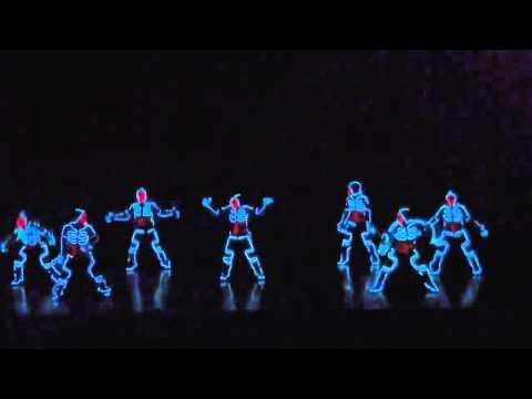 Танцы в светодиодных костюмах