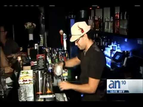 Una noche divertida en un cabaret de Miami Beach - América TeVé