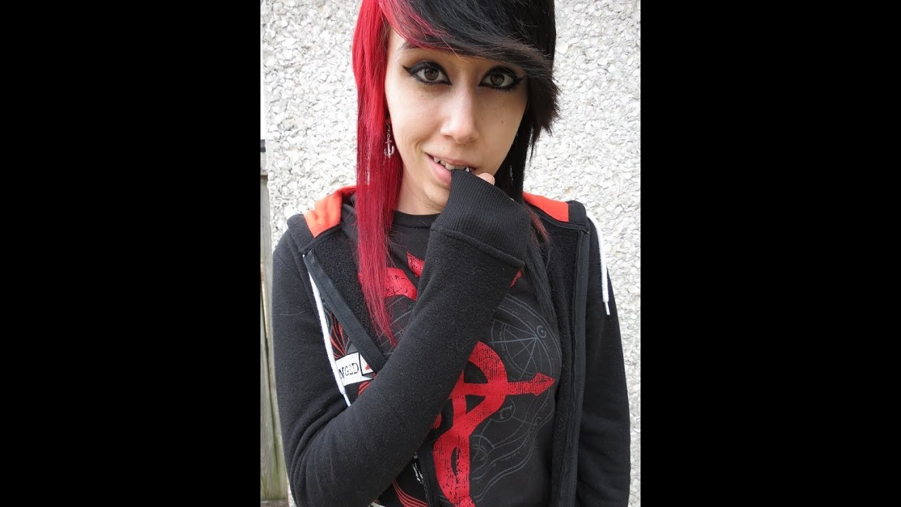 Half red and black hair - YouTube