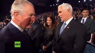Carlos de Inglaterra no saluda a Mike Pence
