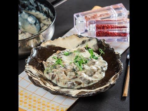 Rasol de vită cu ciuperci în sos de smântână