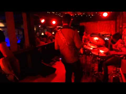Tim MItchell Band-Most beutiful girl in the world-live@Barnaby`s in Braunschweig 03.May.2014