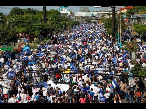 Miles de personas marchan en Managua contra la violencia