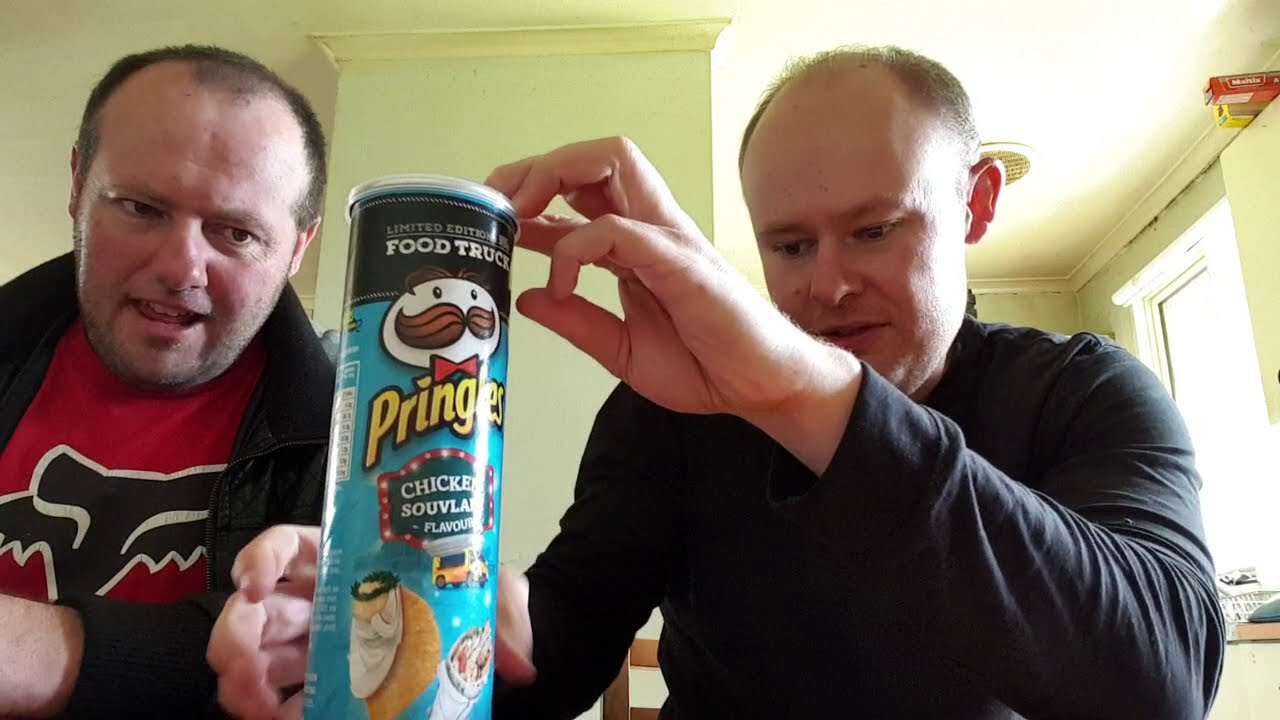 Pringle S Chicken Souvlaki Flavoured Chips Review Youtube