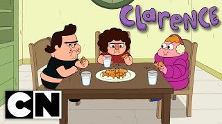 Clarence - Merry Moochmas (Clip 2)