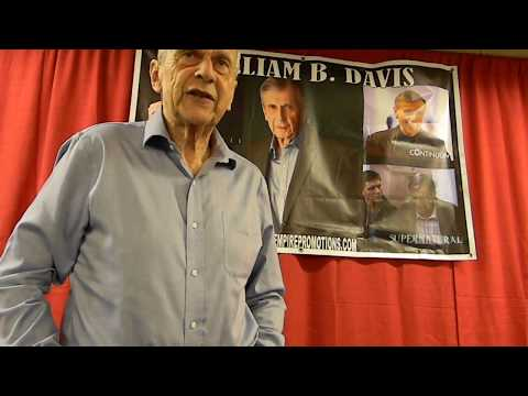 meeting William B Davis Crypticon 2017 St Joseph MO Sun 716
