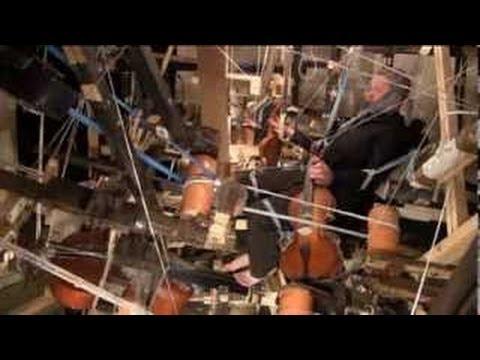 Vladimir Pliassov`s musical machine. How it works (demonstration).