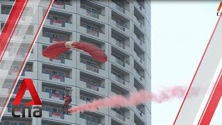 Red Lions perform bomb burst at the Padang