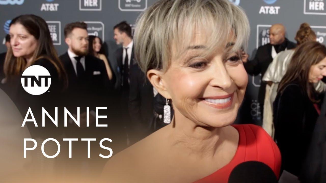 Annie Potts | #CriticsTNT 2019 - YouTube Annie Potts 2019