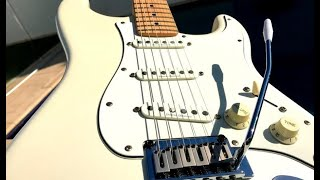 Squier Deluxe Stratocaster - Demo, Pickup Position Sounds and Fun