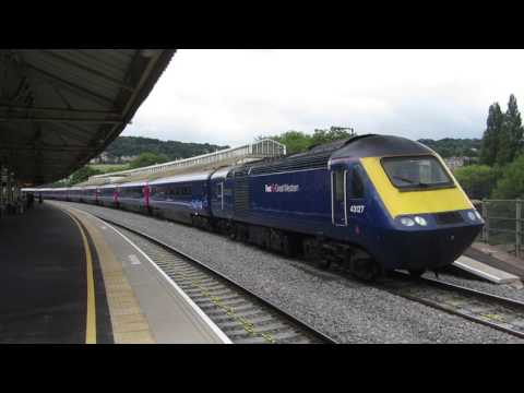 GWR High Speed Train class 43 departing Bath Spa