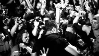Gambar cover Borgeous - Invincible (Live Footage Video)