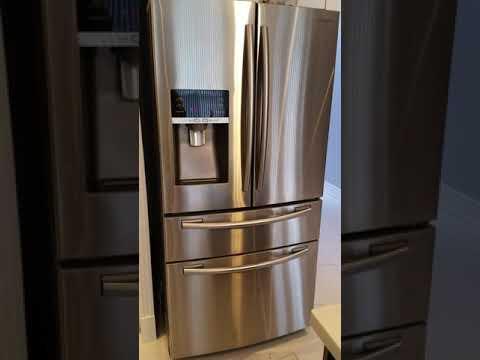 Fridge Refrigerator ice maker not working, stuck. Solution, easy fix. Ice bucket.