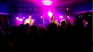 Suvi Teräsniska - Tyhjässä huoneessa (Venus Nightlife, Turku, 16.03.2013)