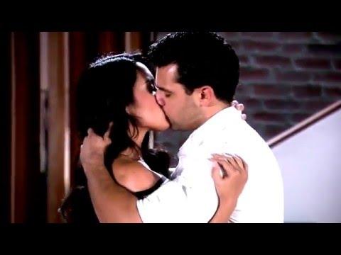 Andrea y Samuel - Momentos - 067 Primer beso del amor
