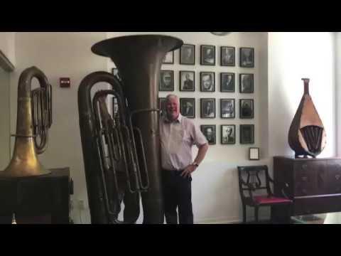 Simon Gresswell Plays Carl Fischer Music's Giant Tuba, Big Carl