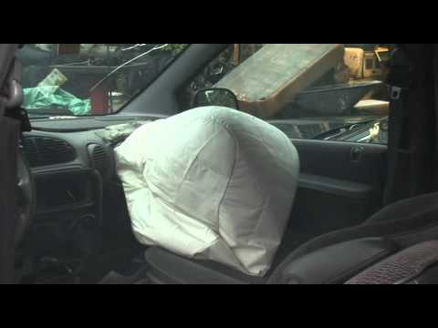 airbags deploy and explode by Zero One Comms.wmv