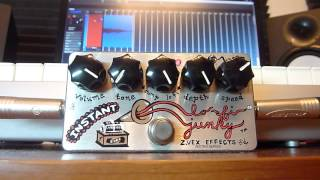 Playing with the Zvex Instant Lo-Fi Junky