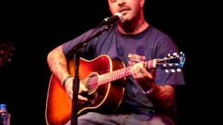 """*ACOUSTIC* Aaron Lewis """"Right Here"""" in Tulsa"""