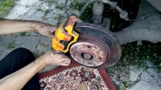 видео Тормозная система ВАЗ 2110: устройство и монтаж