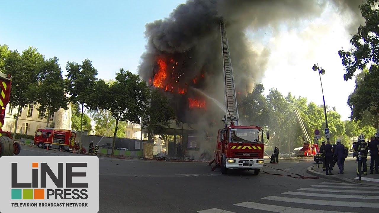 spectaculaire incendie paris paris fire paris 21. Black Bedroom Furniture Sets. Home Design Ideas