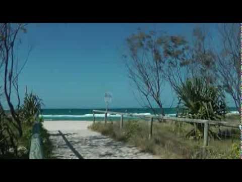 Australia_Qld_Currumbin beach