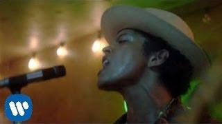Download Bruno Mars - Gorilla (Official Music Video)