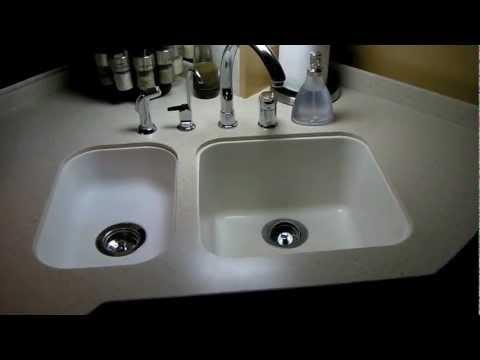 How To Whiten a Corian Sink in an RV